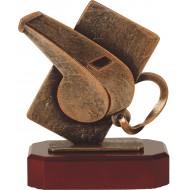 Luxe trofee scheidsrechter / fluitje 18,5cm WBEL 218B